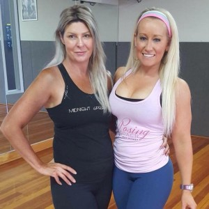 Nat Kitney Posing Coach with Tracey Kelly from Midnight SPray Tanning at Nats ExPOSE yur posing potential workshop January 2016